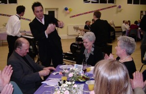 martin scarborouh,magician,private party,birthday,wedding,trade show,dinner,dance,professional,sleight,of,hand,magic