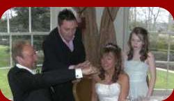 wedding,magician,martin scarborough,close up magic,table,entertainment,entertainer
